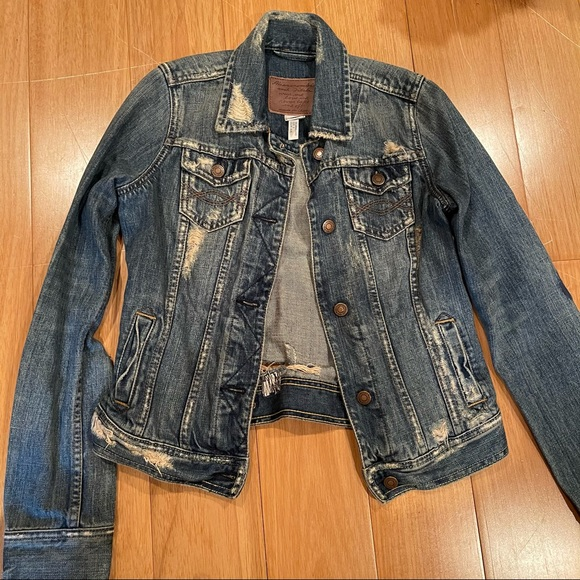 Abercrombie & Fitch Distressed Denim Jacket Small